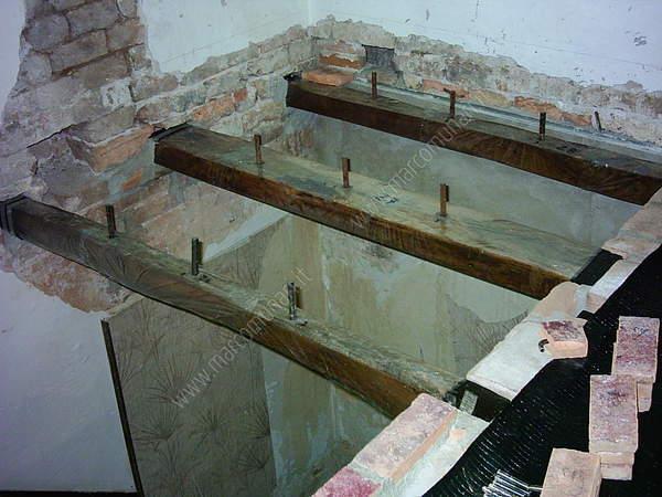 Lavori di casa - Apertura solaio per scala interna ...
